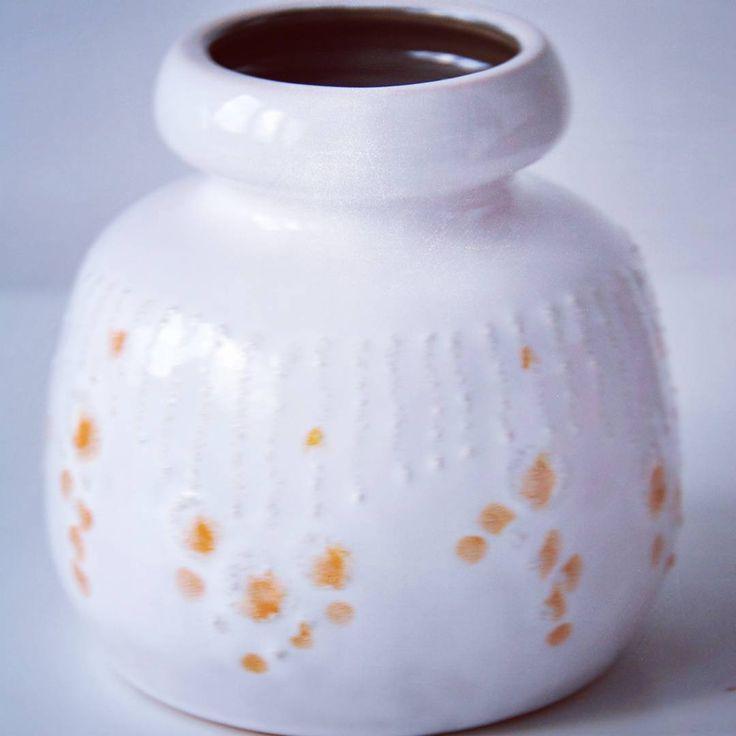 VEB haldensleben 4 sale.  http://www.ebay.com/itm/162221433298?ssPageName=STRK:MESELX:IT&_trksid=p3984.m1555.l2649  #fatlava #midcentury #modern #moderndesign #vintage #vintagepottery #keramik #westgermanpottery #vebhaldensleben #white #whitevase #potteryvase #forsale