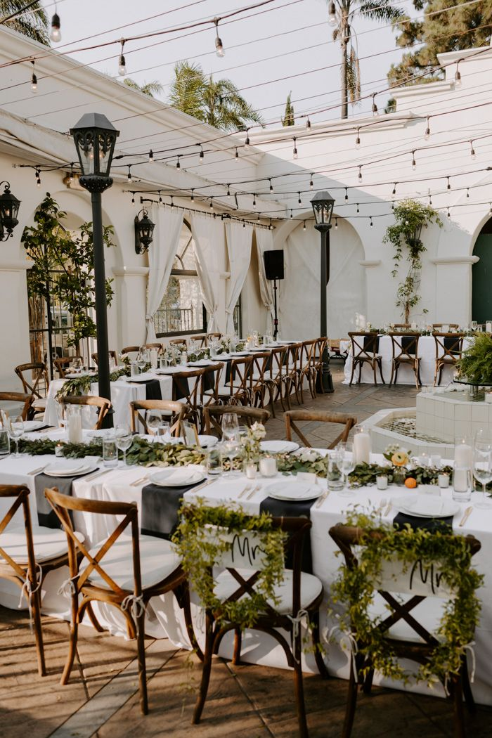 This Sophisticated Black and White Wedding at Villa & Vine ...