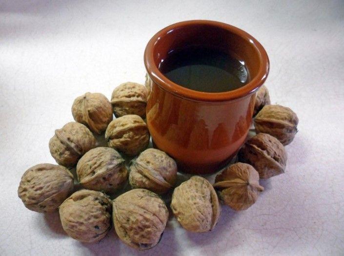 Čaj z orechových škrupín vám pomôže zbaviť sa kašľa                           recept na orechovy caj