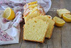 Plumcake sofficissimo al limone senza burro e olio ideale per una sana e genuina colazione o per merenda, niente grassi nell'impasto, buono e leggero.