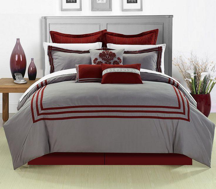 El rojo no es solo para navidad. Este color tiene muchos significados y variaciones de tonos con las que puedes jugar así que atrévete y decora con rojo.   Todo para decorar aquí >> http://www.linio.com.ve/hogar/decoracion
