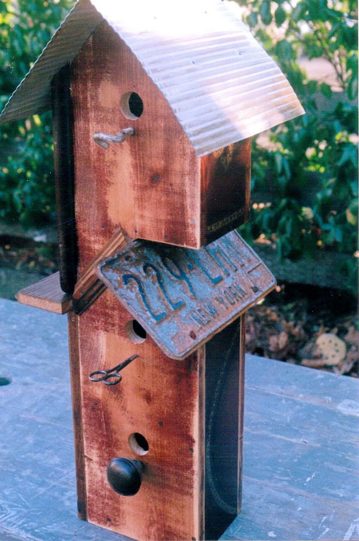 103 best bird house images on pinterest birdhouses bird for Different bird houses