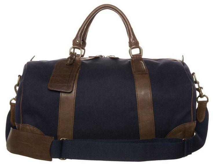Enhver person med respekt for sig selv har ejer minimum en eller to lækre rejsetasker. Er du ikke en af de personer, bør du se at komme igang. Find inspiration her! #PoloRalphLauren #Zign #Loxwood