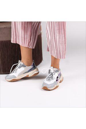 a946975a1ea Puma thunder Electric - sneaker trends 2018