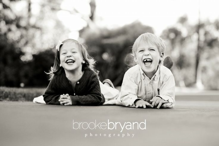 Brooke Bryand Photography | San Francisco Family Photographer | Presidio Family Portrait | Brother and Sister | Kids laughing | Siblings |