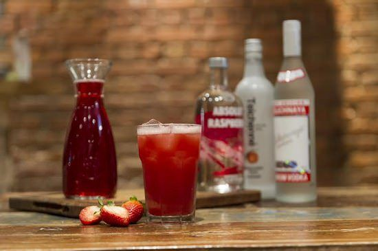 If you want a cocktail that is easy to make, easy to drink and guaranteed to get the party started, look no further than our Strawberry Woo Woo recipe.