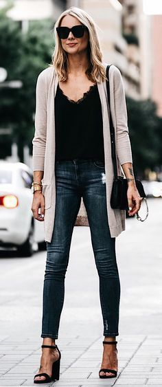 #fall #outfits The Perfect Weekend Outfit - Love This Cardigan And It's Under $70!