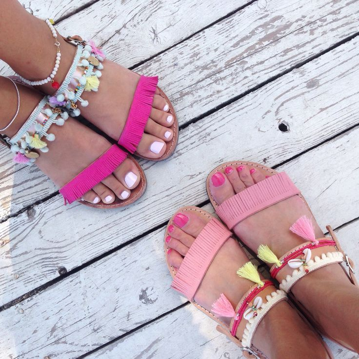My beautiful girlfriend Betty with here new boho pink sandals by @bohemian__dreams