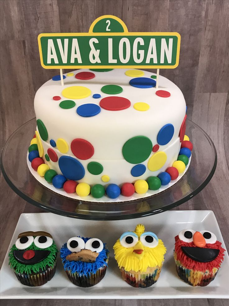 Elmo Cake Accessories : 25+ best ideas about Sesame street cake on Pinterest ...