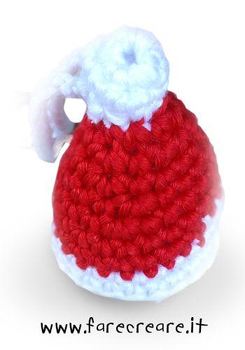 Idee Natale: Cappello di Babbo Natale all'uncinetto – portachiavi.