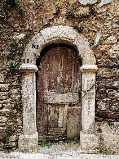 Olympi, Chios  Photographs © Keith Laban  Doors  of Greece.