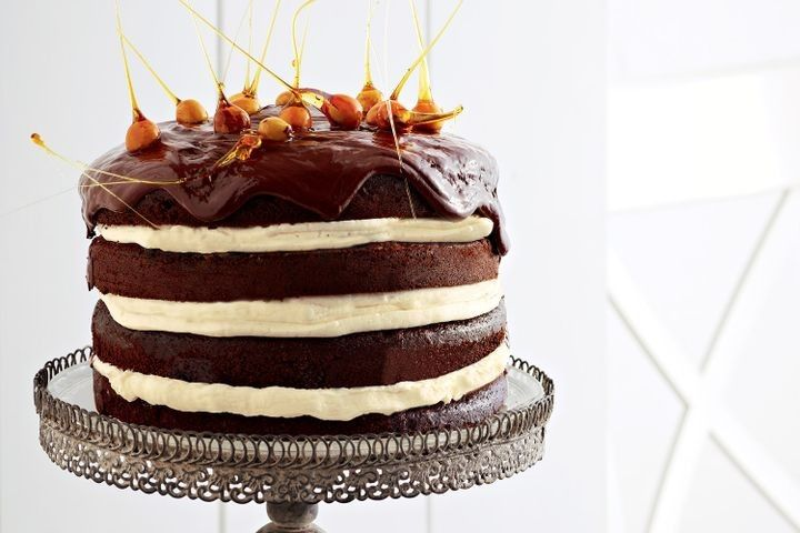 Looking for a last-minute cake recipe? Fit for birthdays, engagements and other celebrations, these cakes are sure to bowl over all comers.