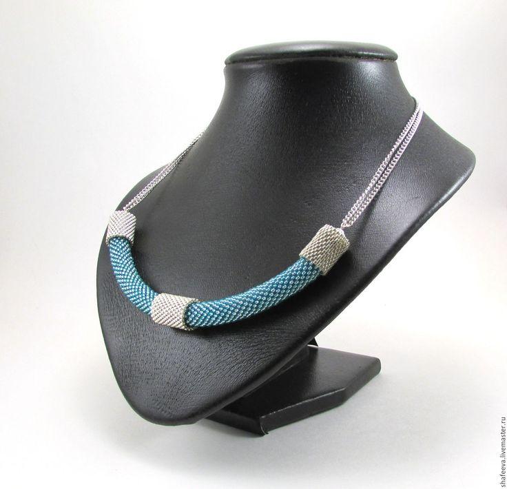 Купить Лаконичное колье - бирюзовый, голубой, серебристый, лаконичный, строгое украшение, яркое, блестящий