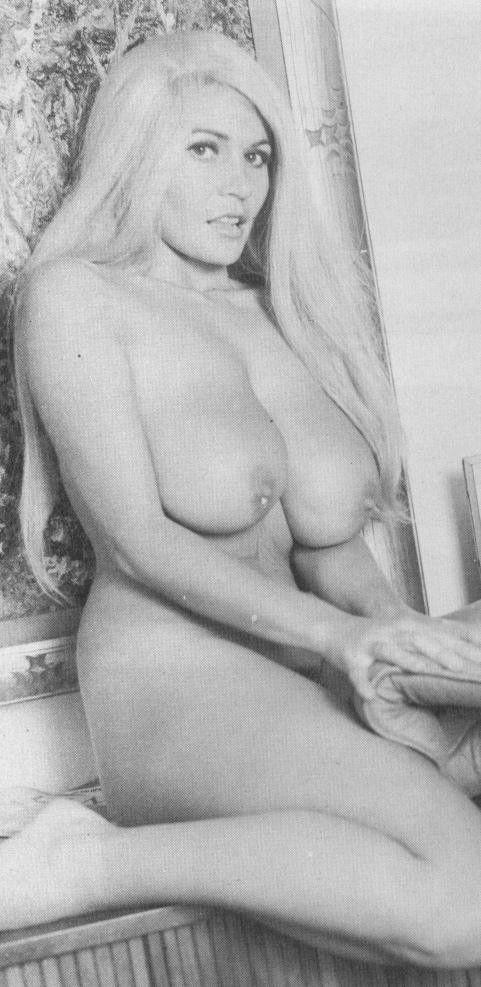 hottest hermaphrodite gif porn