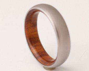 Gewei ring / / titanium gewei //Antler van dimaltagioielli op Etsy