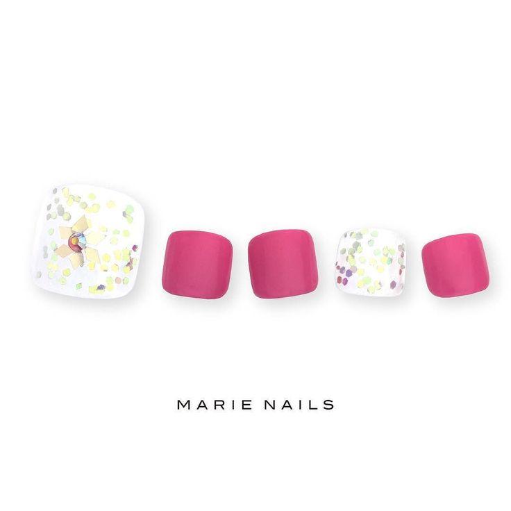 #マリーネイルズ #marienails #ネイルデザイン #ネイル #kawaii #kyoto #ジェルネイル#trend #nail #toocute #pretty #nails #ファッション #naildesign #awsome #nailart #tokyo #fashion #ootd #nailist #ネイリスト #gelnails #instanails #marienails_hawaii #cool #liketkit #フットネイル #pedicure #footnail #fashionlove