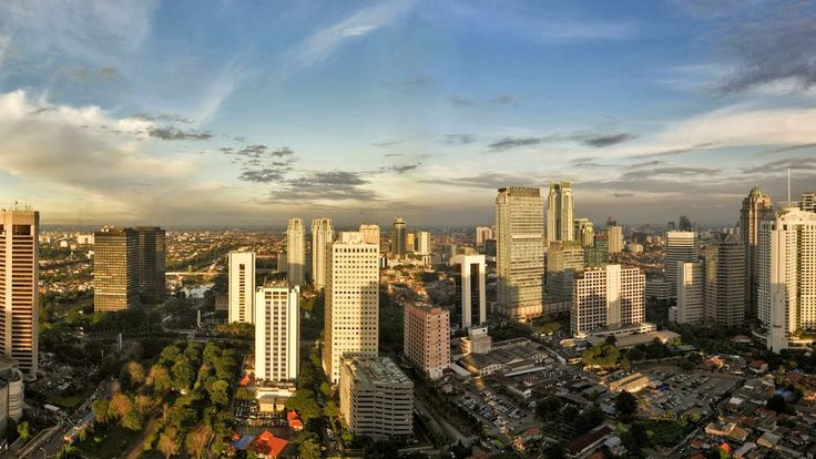 The most excellent location in the Sudirman area is the area on the street Gen. Area. Sudirman. Jl. Jend. Sudirman is one of the main streets of Jakarta Capital City, which is in padati by office buildings like halnnya Jl. Gatot Subroto. By hadrinya Semanggi Central Bussiness District or SCBD, make Sudriman region into an integrated region in the golden triangle area of ??Jakara.