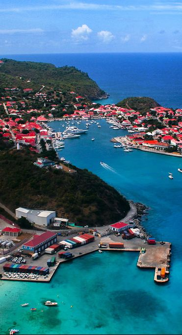 The romantic and sophisticated island of St. Barths ~ French Antilles via http://orientartoccident.com