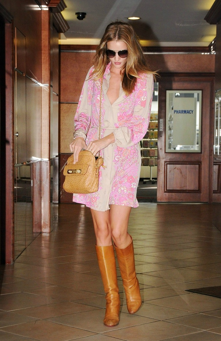 RosieFashion Outfit, Rosie Huntington Whiteley, Dresses Fashion, Fashion Styles, Style Inspiration, Street Style, Style Icons, Rosie Style, Rosie Huntingtonwhiteley