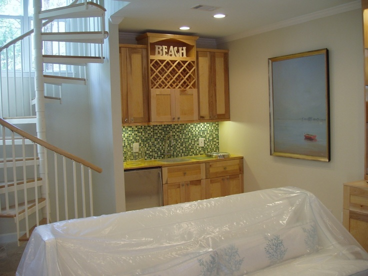 Hand-crafted cabinetry custom made by Bobby Beck, Fl certified residential contractor 850-830-3535