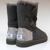 Sparkly Gray Bow Ugg's <3