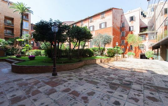 #ITALY #ROME #APARTMENT - Apartment Trevi - TV - washing machine - lift - dishwasher - 2-4 persons, 2 bedrooms - from 269 € per day
