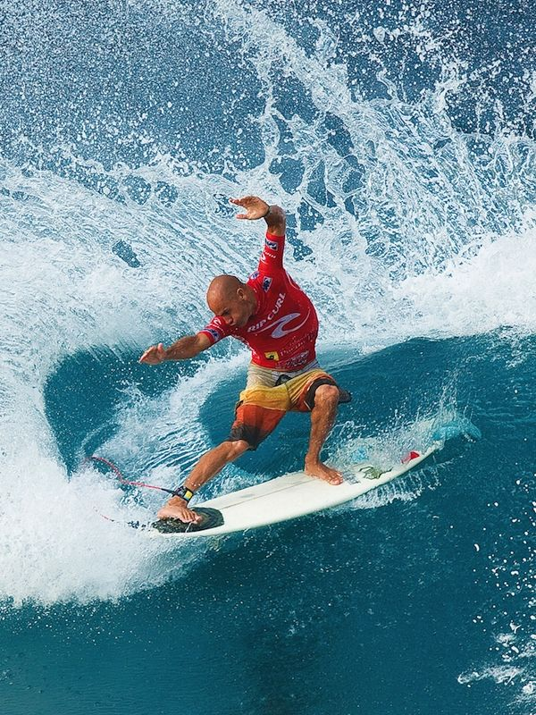 Kelly Slater...I swear this Dude must'a surfed in the womb! ~0;-)