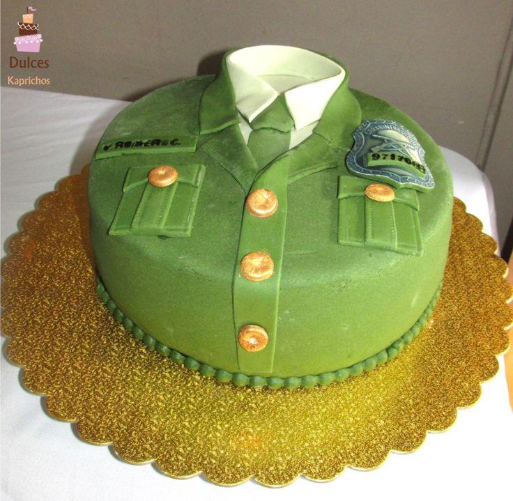 Torta para una carabinero de Chile #TortaCarabinero #TortasDecoradas #DulcesKaprichos