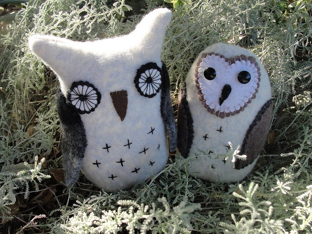 Felted wool owls, by Mary Stanley of Art Spirit.