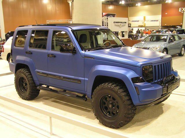 2008 - 2012 Jeep Liberty: Custom Paint and Wheels