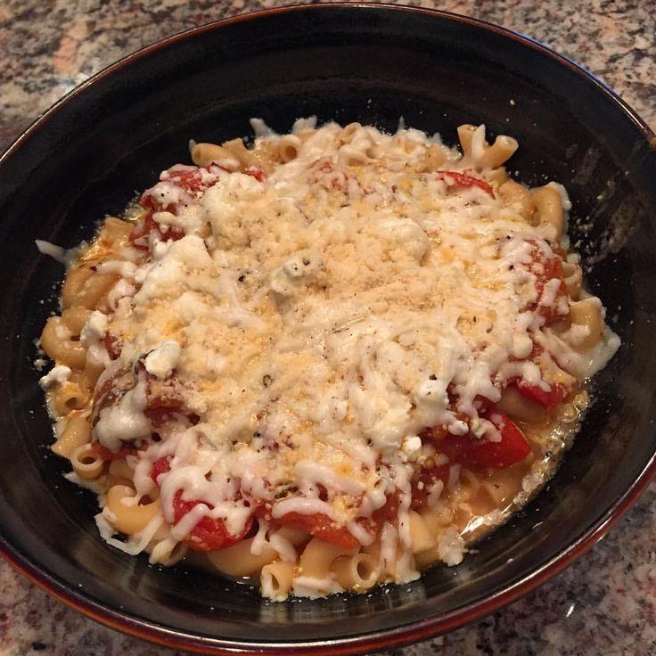 Banza Chickpea Pasta w/Extra Chunky Cherry Tomato Marinara, FF Feta, TJ's Almond Milk Mozzarella Cheese & Go Veggie Parmesan.. Mmm