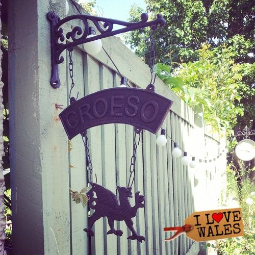 Cast Iron Welsh Dragon Croeso Sign