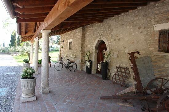 www.cascinacroccele.it  #gardalake #gardasee #gardameer #Agriturism #GardaLake, #lakeview, #pool, #kids #playground, #enoteca, #relax #agritur #farmhouse