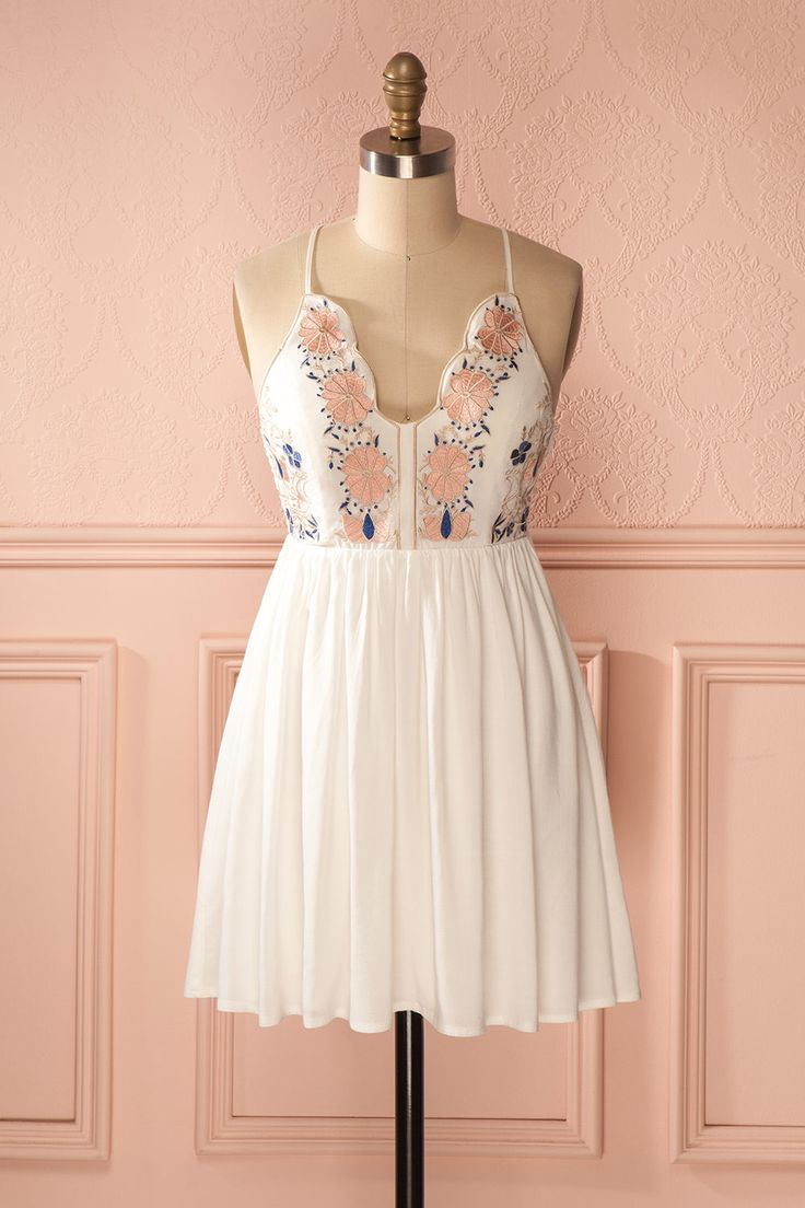 Alda Day - White embroidered scalloped bust dress