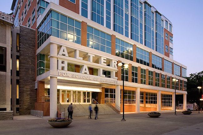 Best online mbas #best #online #mbas http://rwanda.remmont.com/best-online-mbas-best-online-mbas/  # U.S. News 2017 Ranking Of The Best Online MBAs Temple University s Fox School of Business in Philadelphia For the third consecutive year, the online MBA program at Temple University s Fox School of Business today (Jan. 10) won the No. 1 spot in U.S. News World Report s ranking of the best MBAs delivered via the Internet. To claim the title, Fox s $59,760 program again beat out several…