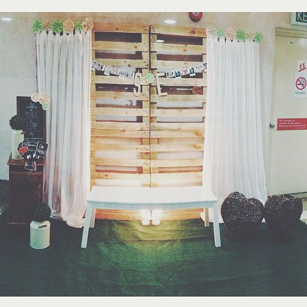 wedding, pelamin, wedding dais, dais, diy, pallet, rustic wedding, malaysia, malay wedding, rustic, kahwin, tunang, engagement, archway, wedding archway, drapery, photobooth, photo booth, backdrop, wedding backdrop, wooden backdrop