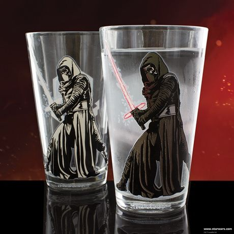 STAR WARS KYLO REN COLOUR CHANGING GLASS