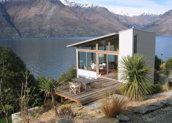 Dream location @ Queenstown  Lakeside Maisonette  www.bookabach.co.nz/4710