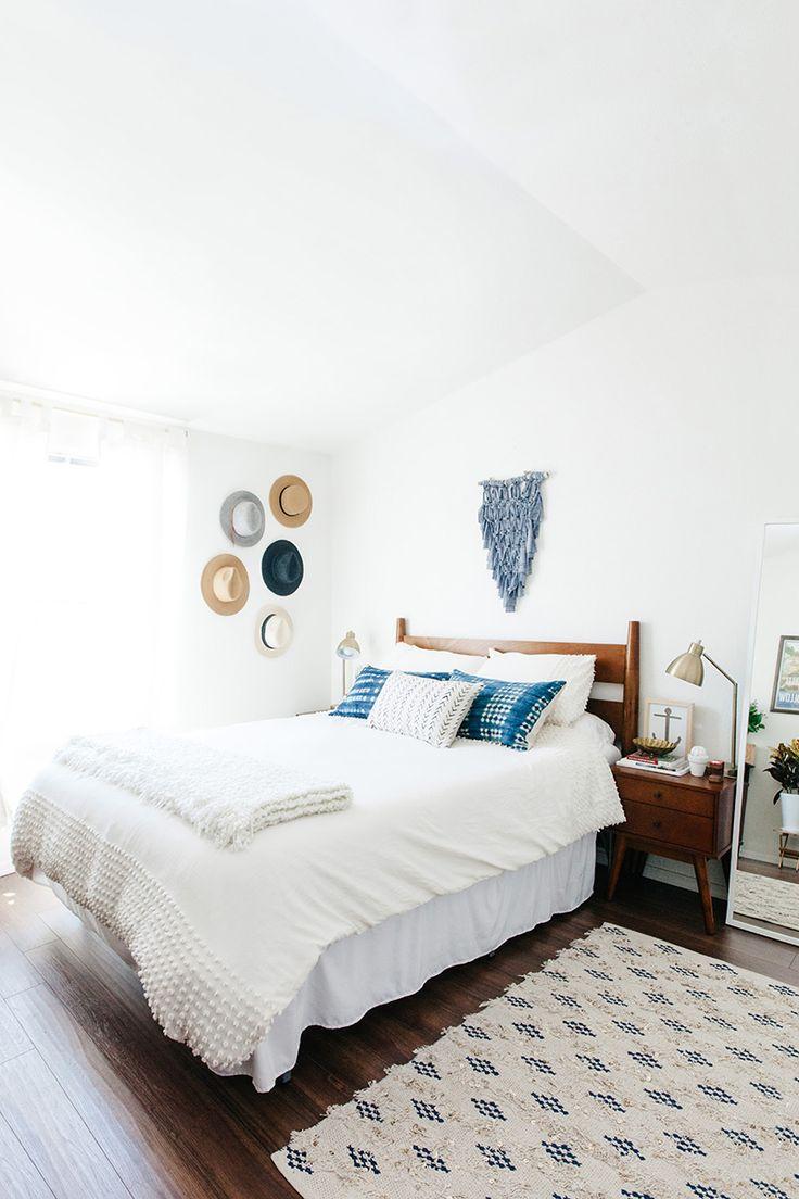 1000 idées sur le thème arrangement de petite chambre À coucher ...
