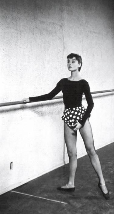 A true great worth remembering.Audrey Hepburn. Incredible dancer.x