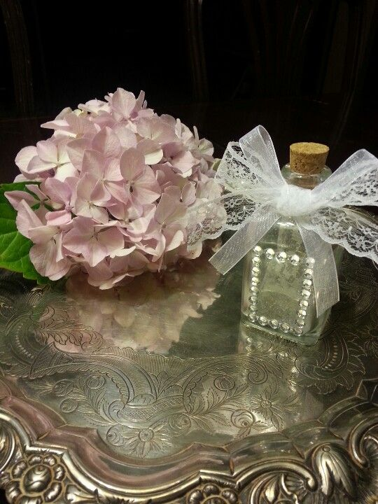 Condessa Carlota wedding favor(for sale on Etsy/Condessa Carlota)