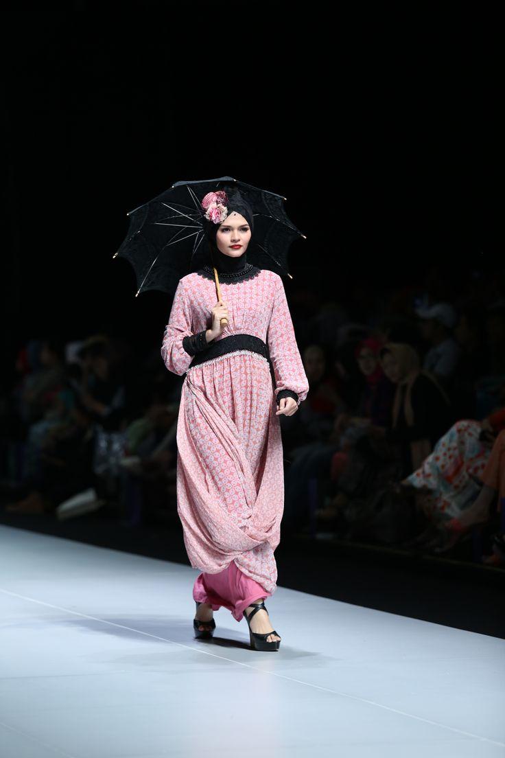 Indonesia Fashion Week 2013 Fashion Parade Infinitely Jakarta Convention Center