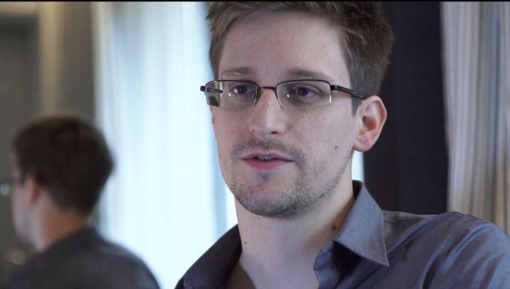 MÉXICO, D.F. (proceso.com.mx).- El exlíder de Al-Qaeda, Osama Bin Laden, sigue vivo y reside en las Bahamas, reveló el excontratista de la Agencia de Seguridad Nacional (NSA, por sus siglas en ingl...
