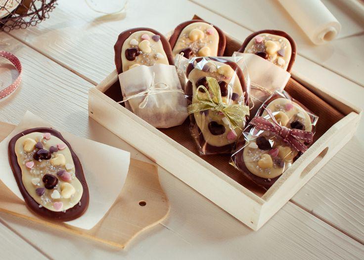 Herzliche Schokogrüße Schokotafeln mit Herz zum Muttertag oder zum Valentinstag