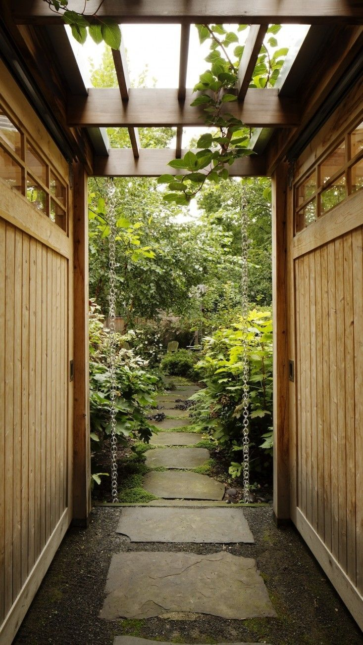 Wood storage shed and entryway from Kim Hoyt Architect in Brooklyn, Gardenista