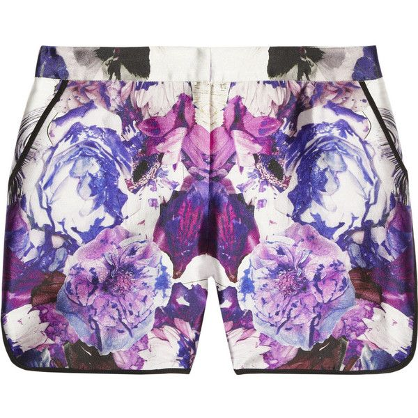 Prabal Gurung Printed wool and silk-blend shorts ($315) ❤ liked on Polyvore featuring shorts, bottoms, pants, purple, relaxed shorts, purple shorts, purple high waisted shorts, highwaist shorts and high-waisted shorts