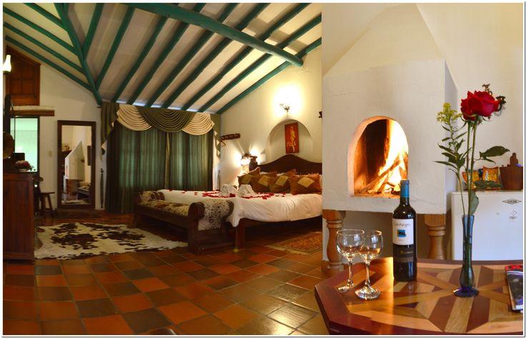 Hotel Antonio Nariño #Villadeleyva  Suite especial con jacuzzi, mini-bar, chimenea, Tv cable. parqueadero vigilado.