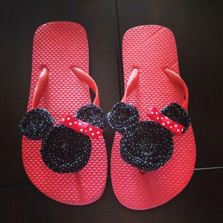 Diy Minnie Mouse flip flops!! #diy #MinnieMouse #Disney