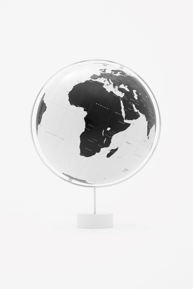 Corona globe by Nendo