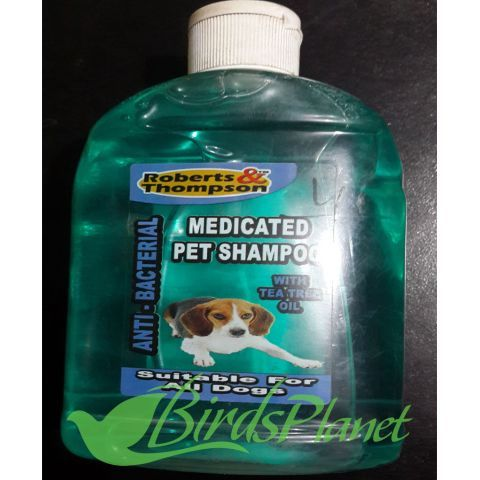 Anti-Bacterial  Robert & Thompson medicated pet shampoo has been specially developed using the kindest, safest ingredients, it includes Australia Tea Tree Oil to leave your dogs coat, and skin beautifully clean, conditioned and deodorised.